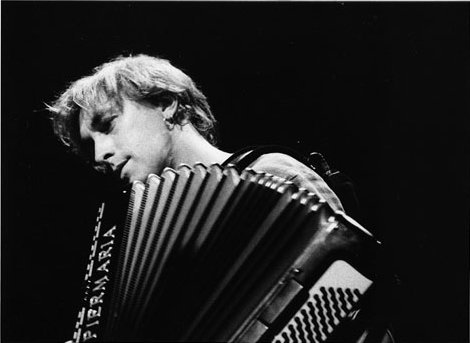 Yann Tiersen accordionist punk composer performer